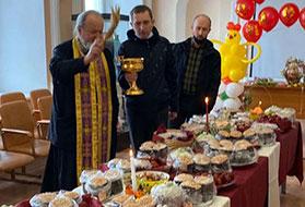 БФ «Взлётная полоса» поздравил с Пасхой социальные дома и интернаты